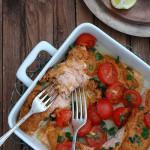 Łosoś zapiekany z pomidorowym pesto