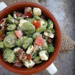 Sałatka z bobem, fetą i suszonymi pomidorami
