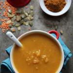 Zupa z dyni z czerwoną soczewicą, kardamonem i przyprawą marokańską