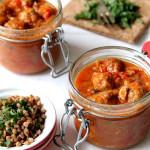 Klopsiki z pieczarkami i papryką w sosie pomidorowym