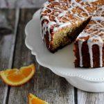 Aromatyczne ciasto pomarańczowo-migdałowe